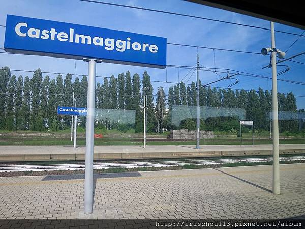 P28)法拉利列車就在這個小站停滯多時.jpg