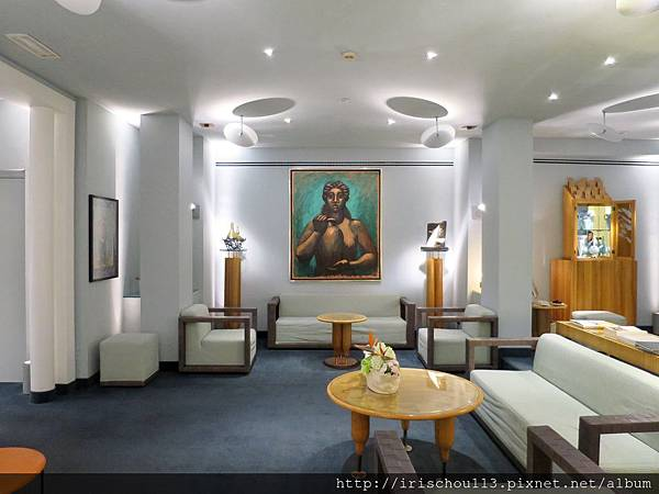 P2)Hotel Spadari的房客休息區.jpg