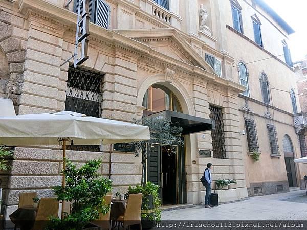 P4)學院酒店外觀.jpg
