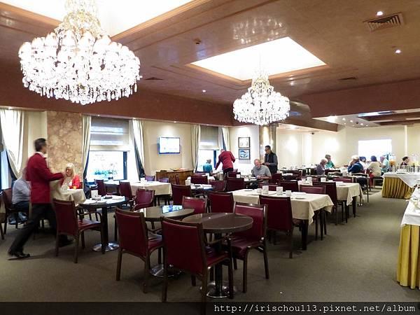 P23)學院酒店餐廳內觀.jpg