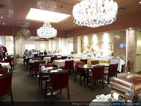 P24)學院酒店餐廳內觀.jpg