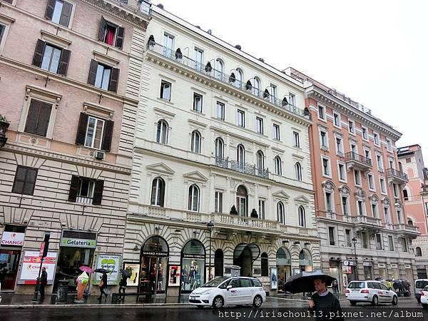 P8)Hotel Artemide外觀.jpg