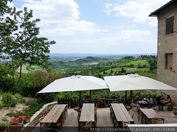 P2)San Gimignano城門外的美麗風景.jpg
