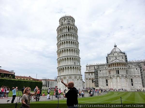 P21)擺Pose拍照的遊客.jpg
