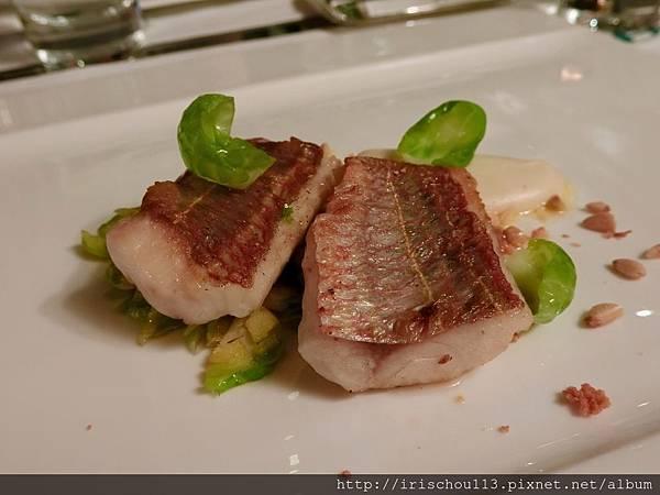 P22)酥脆紅鯔魚.jpg