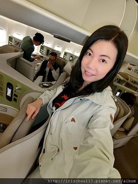 P1)4月19日我在BR132班機.jpg