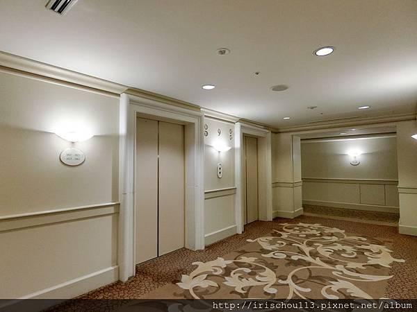 P26)九樓電梯間.jpg