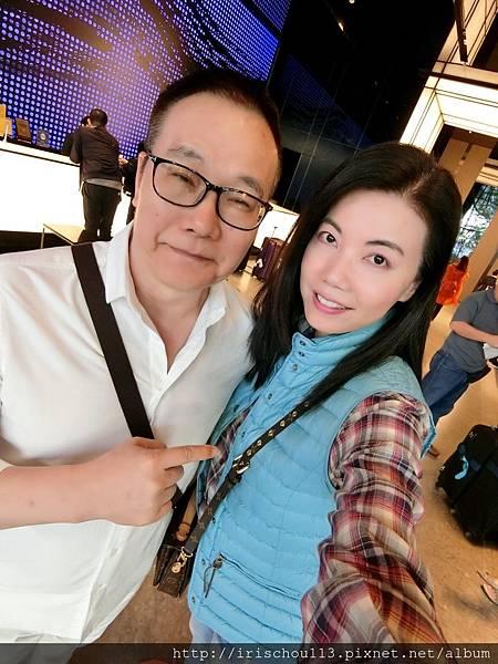P4)我和咪呢在Lobby.jpg