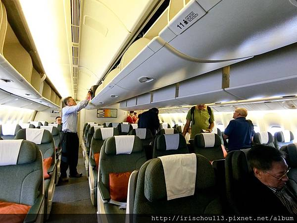 P16)CX403商務艙內觀.jpg