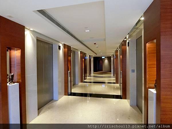 P13)15樓電梯間.jpg