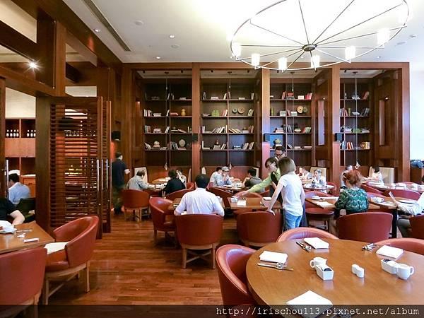 P21)凱悅酒店的自助餐廳.jpg