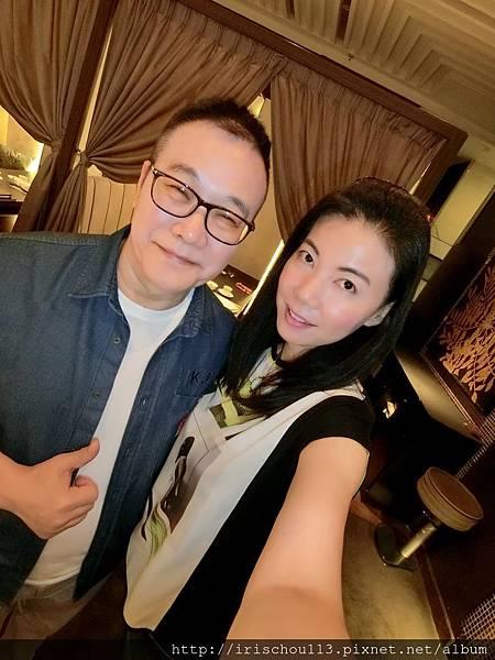 P5)我和咪呢在新同樂餐廳.jpg