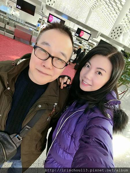 P18)1月14日我和咪呢在深圳機場.jpg
