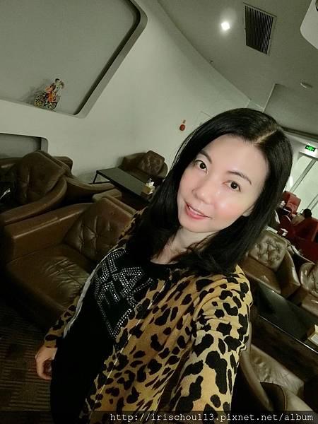 P29)我在深圳機場VIP室.jpg