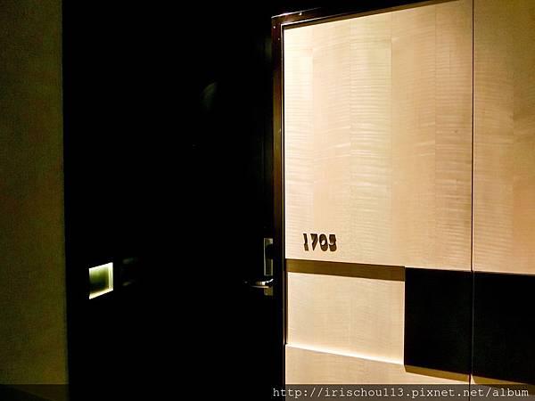 P17)我和咪呢入住1705號客房.jpg