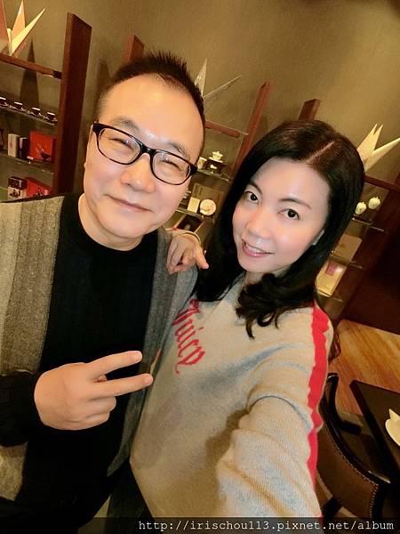 P33)我和咪呢在廣州文華東方酒店中餐廳內.jpg