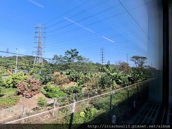 P5)廣深列車的窗外風光.jpg