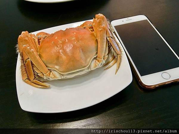 P13)我們的美蟹比iPhone大多了.jpg