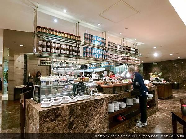 P30)餐檯區.jpg