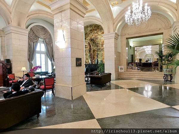 P34)Lobby.jpg