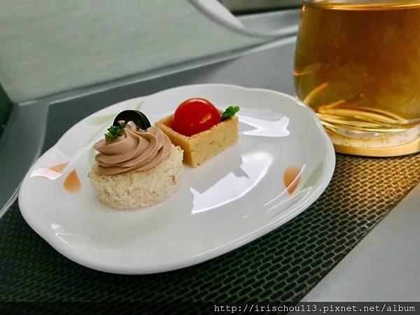 P20)美味的空中餐.jpg