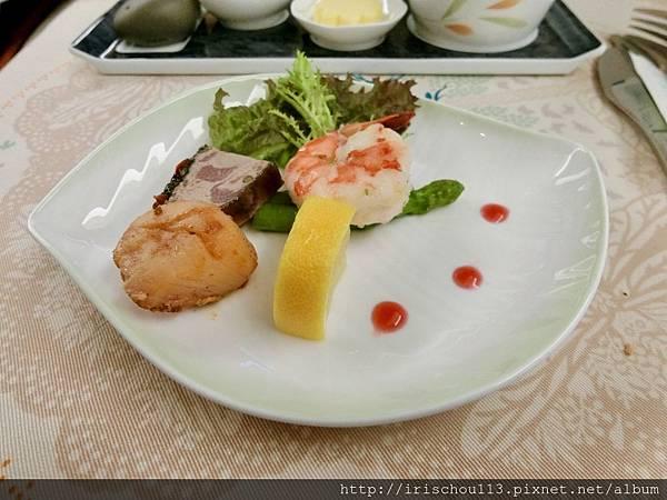 P22)美味的空中餐.jpg