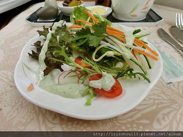 P24)美味的空中餐.jpg