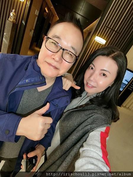 P2)我和咪呢在東舍酒店.jpg