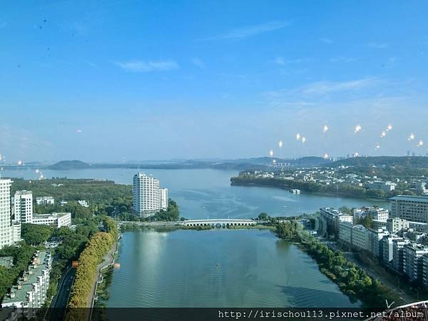 P21)客房內的東湖美景.jpg