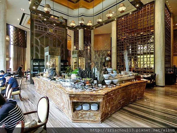 P30)一樓自助餐廳.jpg