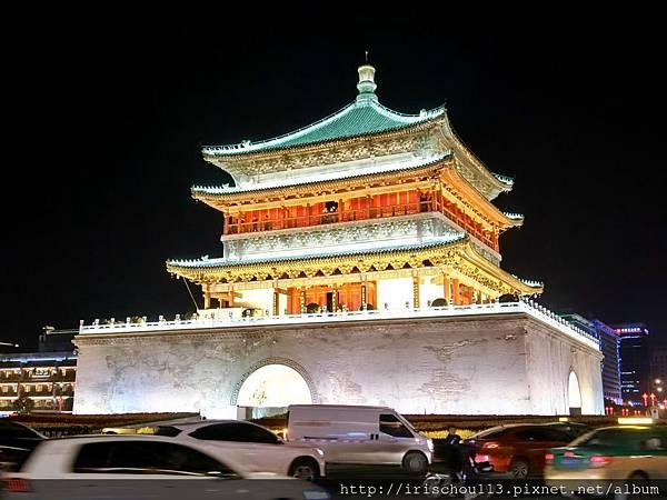 P31)晚上的西安鐘樓.jpg