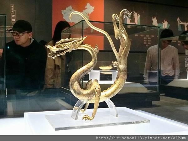 P15)鎏金鐵芯銅龍(公元618~907年).jpg