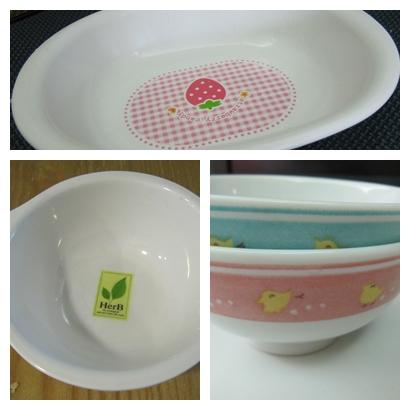 米米用的碗盤.jpg