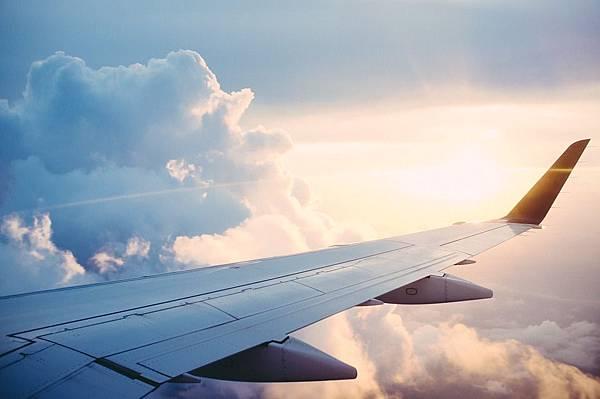plane-841441_960_720.jpg