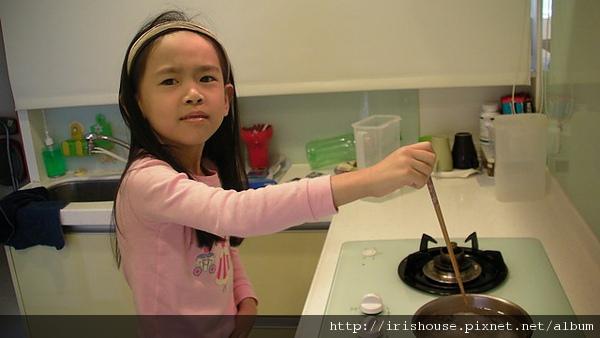 用筷子攪拌.jpg