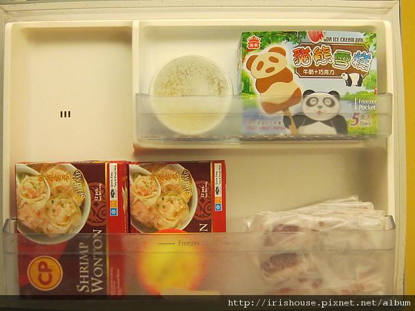 冰箱-冷凍門收納.JPG