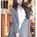 韓版粉嫩色雪紡荷葉裝飾心型吊飾長袖上衣-參考.jpg