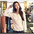 韓版粉嫩色雪紡荷葉裝飾心型吊飾長袖上衣-正確.jpg