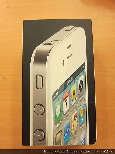 白色 iPhone 外盒