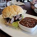 台北-Ed's diner 碳烤牛胸肉-豬肋排-手撕豬肉漢堡-黑眼豆豆-馬鈴薯-內湖-樂群路 (17)