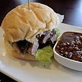 台北-Ed's diner 碳烤牛胸肉-豬肋排-手撕豬肉漢堡-黑眼豆豆-馬鈴薯-內湖-樂群路 (21)