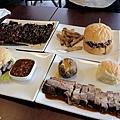 台北-Ed's diner 碳烤牛胸肉-豬肋排-手撕豬肉漢堡-黑眼豆豆-馬鈴薯-內湖-樂群路 (24)
