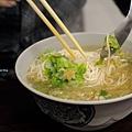 台北-大安區和平東路二段96巷12號-阿婆麵-酸菜肉絲麵 (7)