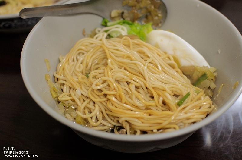 台北-大安區和平東路二段96巷12號-阿婆麵-酸菜肉絲麵 (9)