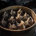 台北-寧夏夜市-圓環邊蚵仔煎+蚵仔湯+米糕+赤肉蒸餃+赤肉蛋包飯+赤肉咖哩+燒麻糬 (14)
