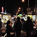 台北-寧夏夜市-圓環邊蚵仔煎+蚵仔湯+米糕+赤肉蒸餃+赤肉蛋包飯+赤肉咖哩+燒麻糬 (28)