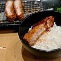 高雄-漢神巨蛋-勝博殿-日式炸豬排 (23)