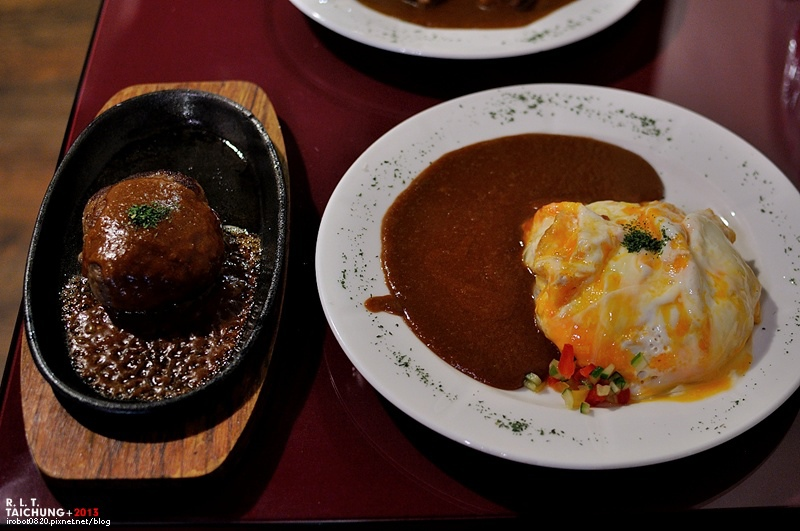 台中-異鄉人咖哩-漢堡排-炸豬排 (2)