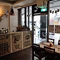 台中-大墩十四街-House Pasta & Coffee-義大利麵-雙醬粉紅醬-清炒-青醬 (5)