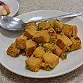 台中-東興路-燒鵝之家-最好吃的燒鵝-脆皮豬-金莎黃金豆腐-鵝油飯 (5)